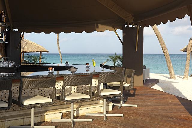 Bucuti's Sand Bar